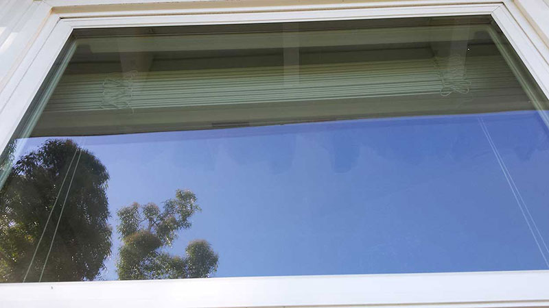 Picture of window after window cleaning in Ladera Ranch by Blue Coast Window Cleaning Service.